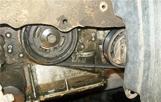 Замена переднего сальника коленвала двигателя Nissan QR20