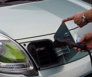Гибридам и электромобилям в России нужна господдержка