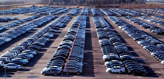 Автомобильная индустрия США фиксирует стойкое падение продаж