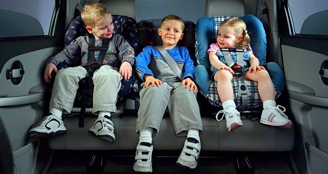 Как ездить с ребенком в автомобиле