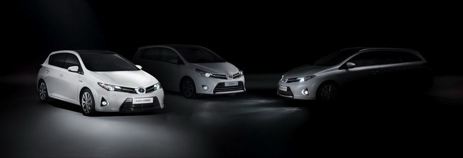 Концерн Toyota представил Auris Touring Sport