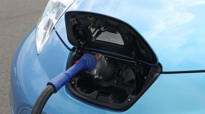 Растет сеть станций для зарядки электромобилей