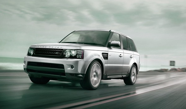 2013 Silver Land Rover Range Rover Sport Motion Side Angle