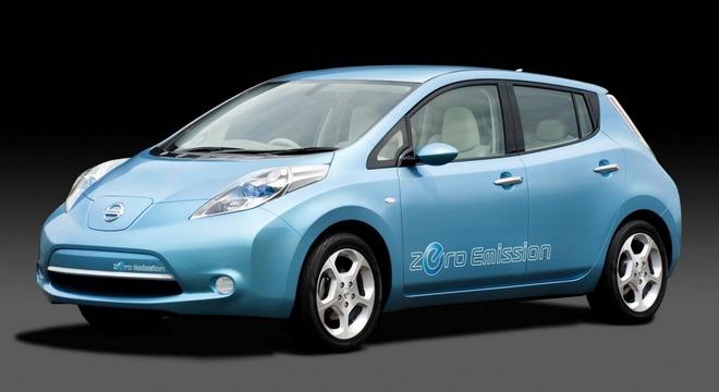 Nissan показал Leaf 2013 модельного года