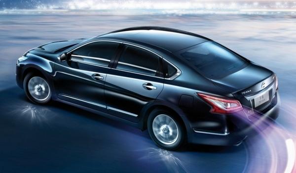 Новая Nissan Teana появится в продаже в марте 2014