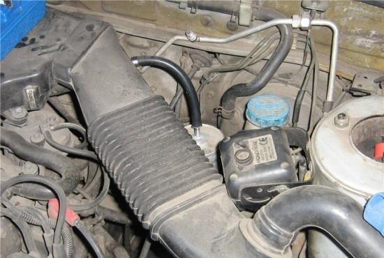 Замена топливного фильтра р12